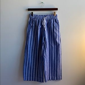 Striped Linen Blend Capri Pant XS beachlunchlounge